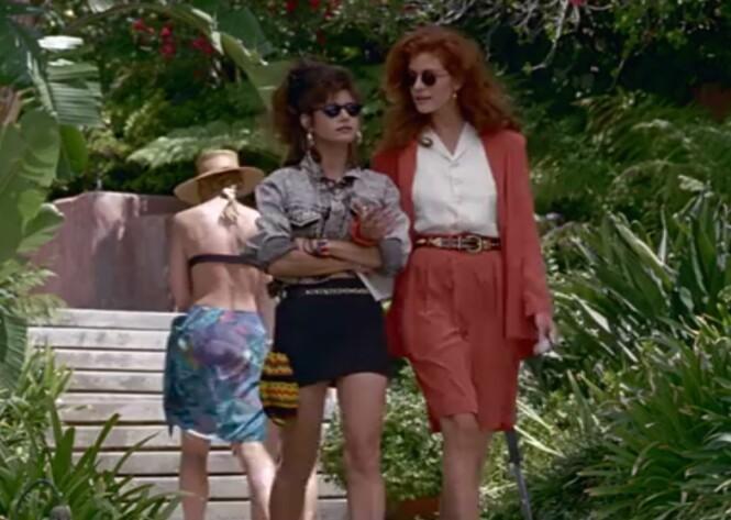 PRETTY WOMAN: Julia Roberts hadde på seg bermudashorts med matchende jakke i den populære filmen fra 1990. Foto: Skjermdump