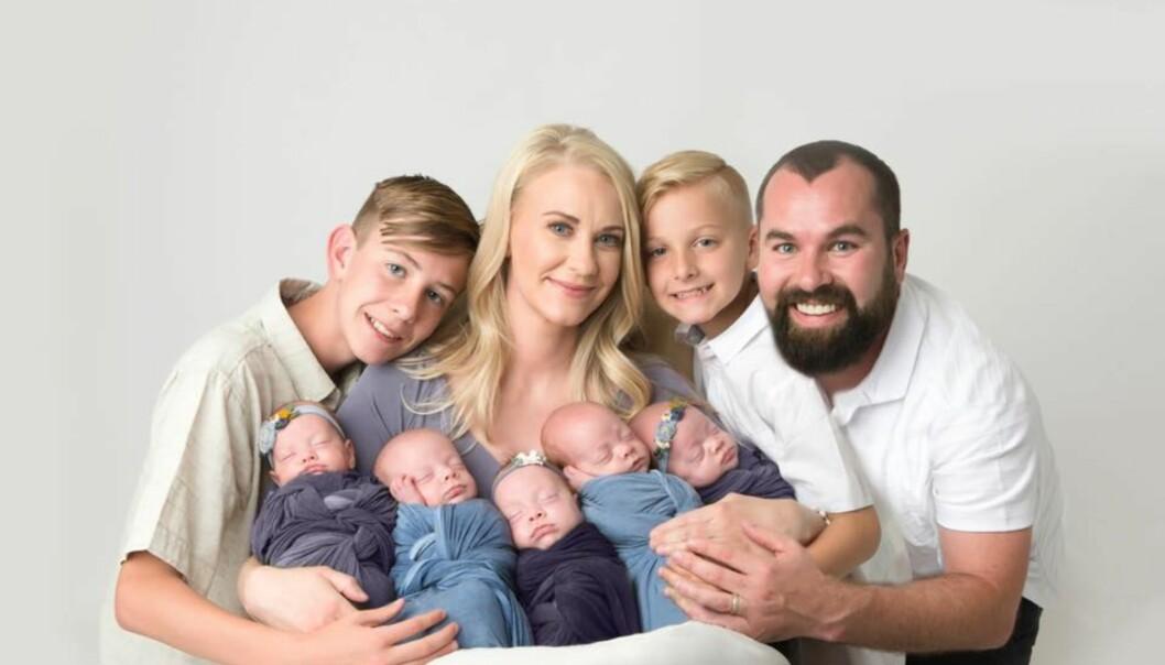 FRA FIRE TIL NI: Familien Scott fikk femlinger i mars i år, og etter det, har hverdagen blitt snudd på hodet. FOTO: Five.Two.Love