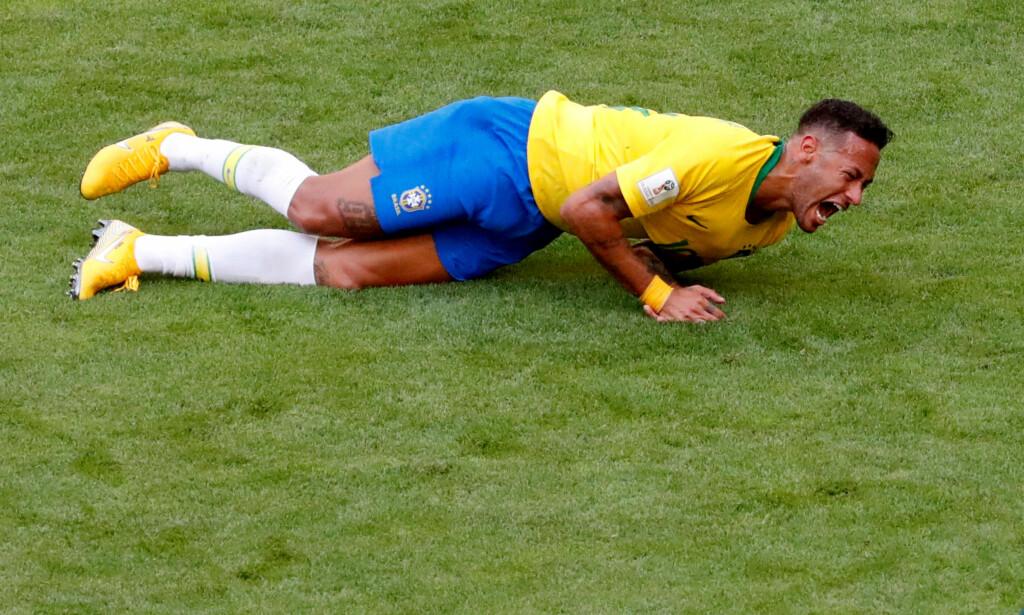 PROVOSERER MANGE: Neymar har fått stor oppmerksomhet for overspillingen under VM. Foto:  REUTERS/David Gray/File Photo