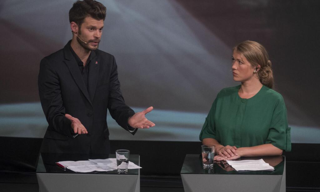 TENKER FEIL: Problemet er ikke at Rødt har dårlig politikk, men at de mangler evnen til å tenke globalt, skriver artikkelforfatteren. F.v. Bjørnar Moxnes (Rødt), og Une Bastholm (MDG) under partilederdebatten i Arendal i 2017. Foto: Tor Erik Schrøder / NTB Scanpix