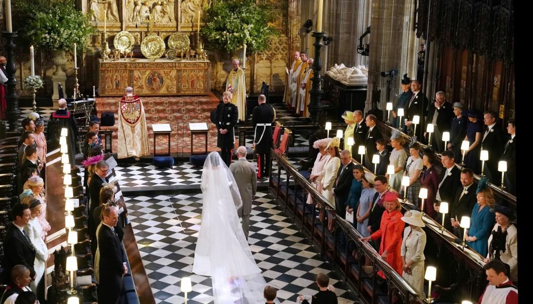 <strong>BRYLLUP:</strong> Prins Charles fulgte Meghan til til alters da hun giftet seg med prins Harry. Foto: NTB Scanpix