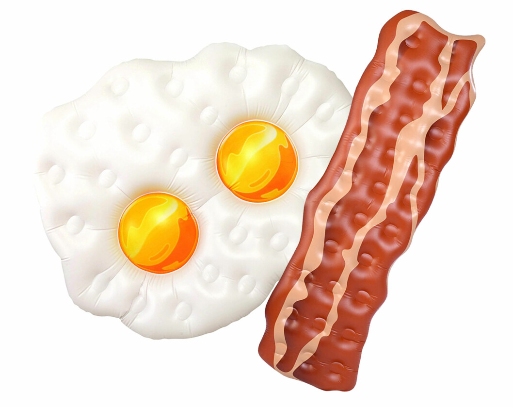 Egg og bacon-bademadrass via Amazon |240,-| https://www.amazon.com/Kangaroo-Floats-Inflatable-Rafts-Bacon/dp/B01M1KHGZ8/ref=sr_1_23?s=toys-and-games&ie=UTF8&qid=1531125244&sr=1-23&refinements=p_n_feature_browse-bin%3A373458011