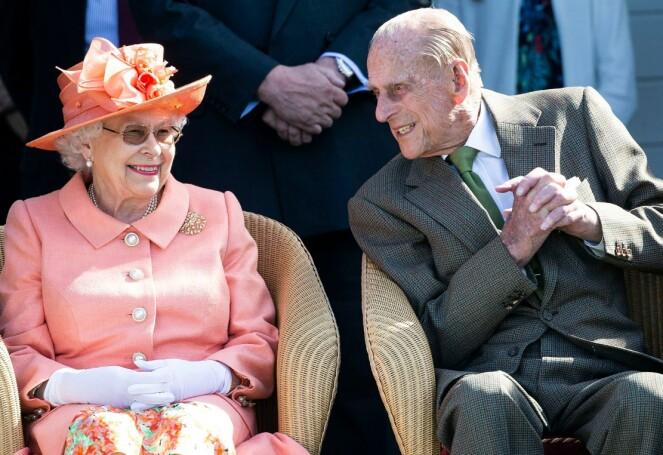 Derfor deltar ikke dronningen og prins Philip i prins Louis' dåp