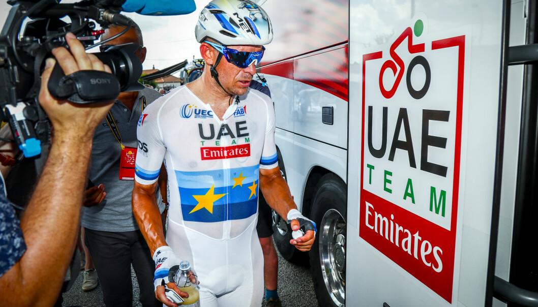 <strong>VIL HA MER HJELP:</strong> Alexander Kristoff har vært mye alene i hans første sesong som UAE Team Emirates-rytter. Nå vil laget styrke støtten rundt nordmannen. Foto: Heiko Junge / NTB scanpix