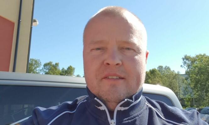 <strong>HJALP:</strong> Rune Madsen er daglig leder i firmaet der Charlotte Warth jobber som lastebilsjåfør. Etter å ha hjulpet sistnevnte, kan han muligens kalle seg en av Norges mest ettertraktede arbeidsgivere for øyeblikket. Foto: Privat