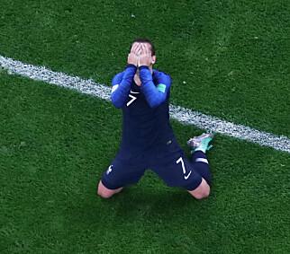 STILLE STUND: Antoine Griezmann viser med hele seg hva han tenker om en VM-finale. Foto: NTB scanpix