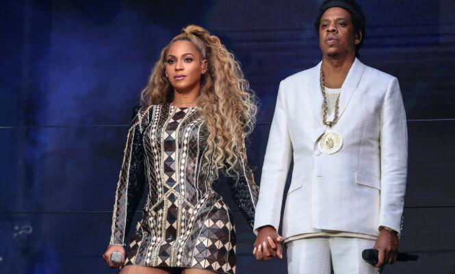 - EVENTYRLIG REISE: Beyoncé og Jay Z fullførte sin «On the Run II»-turné i oktober. Her sammen på scenen i Manchester i juni. Foto: NTB Scanpix