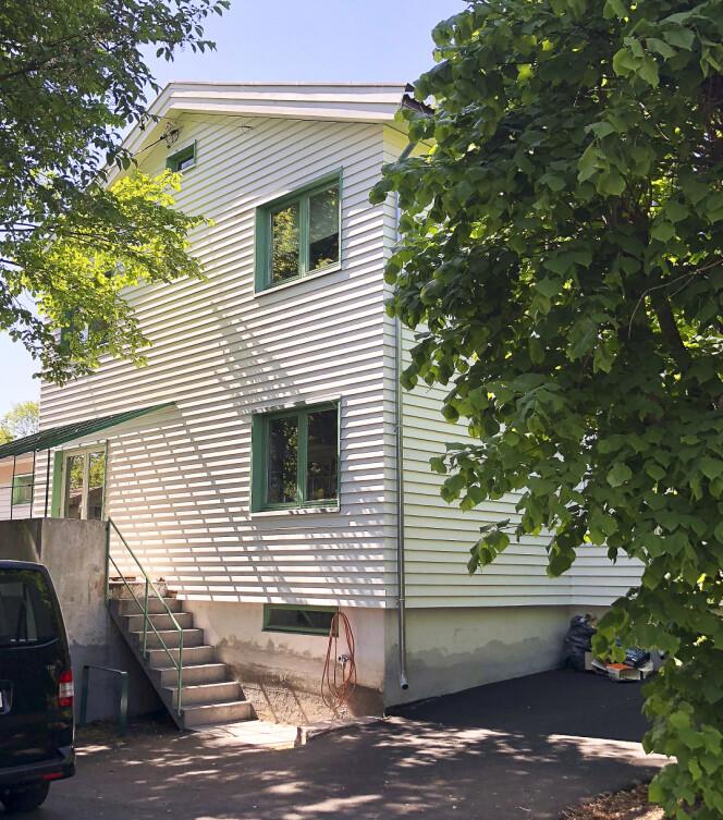 <strong>USJENERT:</strong> Dette huset på Sogn på 203 kvadratmeter er Henriettes og Runes nye bolig. Foto: Tor Lindseth / Se og Hør