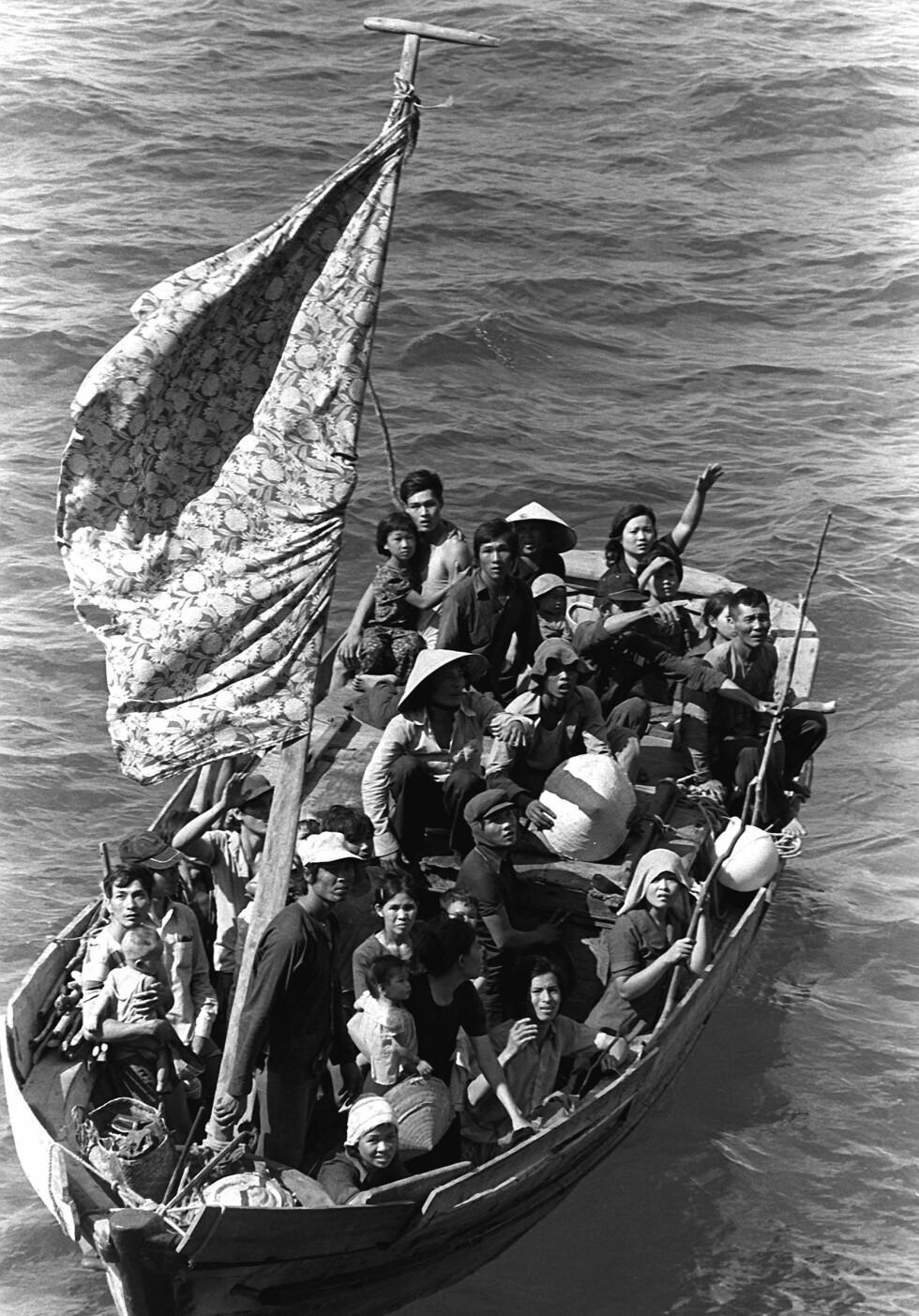 «FLYKTNINGENE» er Viet Thanh Nguyens andre skjønnlitterære verk. Under handlingen i de åtte historiene ligger minnet om den dramatiske båtflukten fra Vietnam i de første åra etter at Saigon falt i 1975 – etter over 30 års krig. Foto: Wikipedia