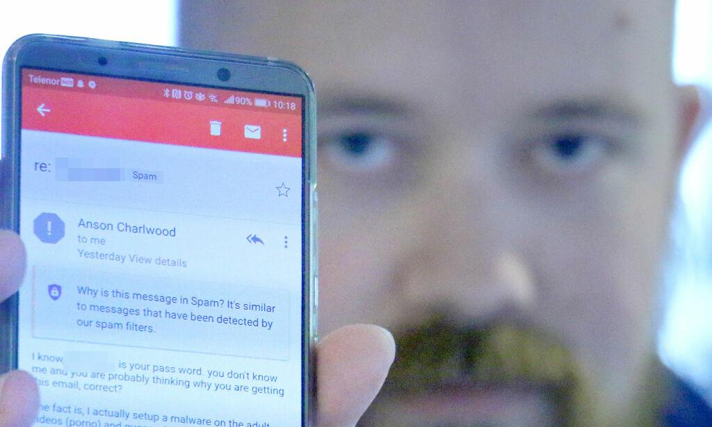 image: Viser deg passordet ditt som bevis for å presse deg for 10 000 kroner
