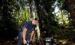 INNSTASLEDER: Knut Rune Hansen er på stedet for å bistå i slukningsarbeidet.