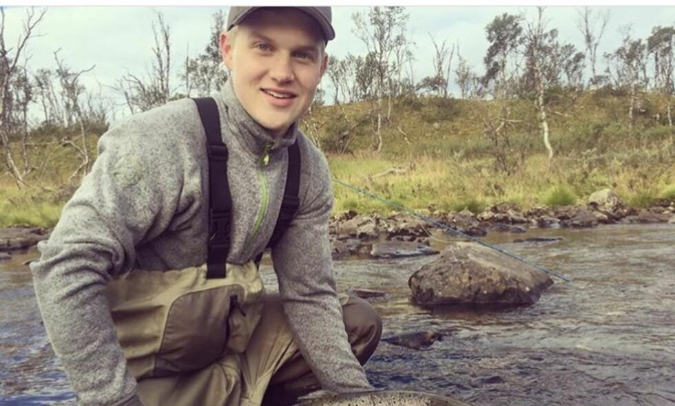 DREPT: Håvard Pedersen (18) fra Vadsø ble knivdrept lørdag kveld. - En strålende gutt, forteller rektor ved Vadsø videregående. Foto: Privat.