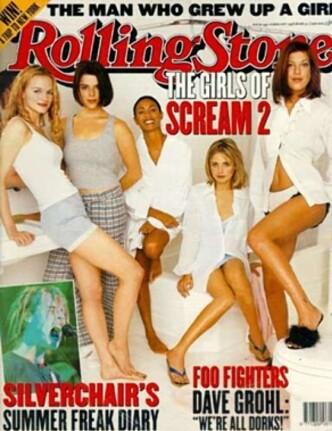 <strong>SCREAM-SUKSESS:</strong> Neve Campbell på forsiden av Rolling Stone sammen med sine kvinnelige «Scream 2»-motspillere. Foto: Faksimile fra Rolling Stone