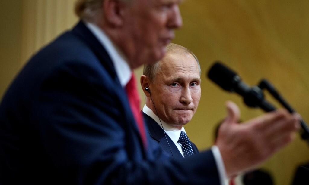 TOPPMØTET: USAs president Donald Trump lovte «et ekstraordinært forhold» til Russland, under et møte med landets president Vladimir Putin i Helsinki mandag. Foto: Brendan Smialowski / Reuters / NTB Scanpix