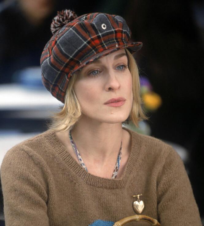 Carrie rocker denne stripete capen, eller hva? Foto: NTB Scanpix