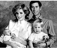 Prins Charles ville at William og Harry egentlig skulle ha andre navn - men prinsesse Diana satte foten ned