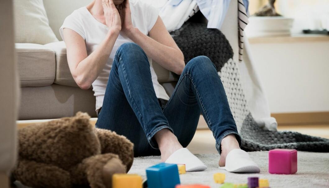 STØV PÅ HJERNEN: Har man barn må man tåle litt rot, men det kan være ganske individuelt hva man anser som rotete og skittent. Foto: Scanpix.