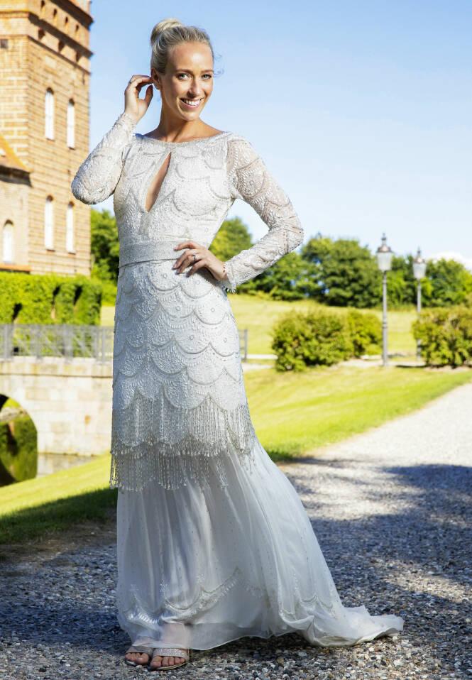 PRINSESSE: Ingen tvil om hvem som var vakrest i Danmark denne dagen. Den lekre brudekjolen er designet av Leila Hafzi. Foto: Espen Solli / Se og Hør