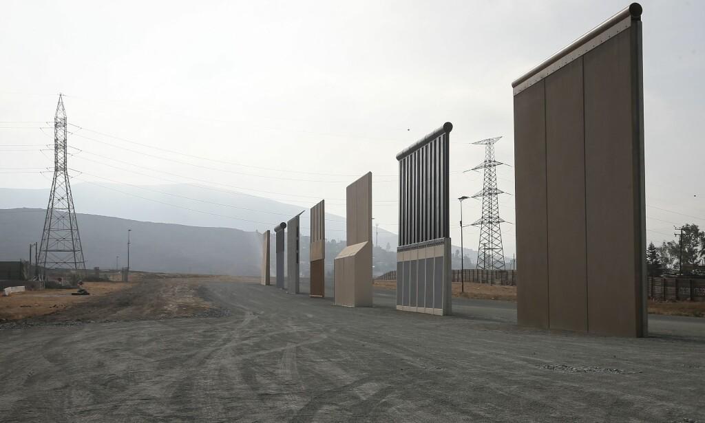 DEN AMERIKANSKE MUR: Donald Trump har måttet moderer både sine murplaner og sine bastante påstander om at Mexico må betale for muren. Foto: Mario Tama / Getty Images / AFP / NTB scanpix