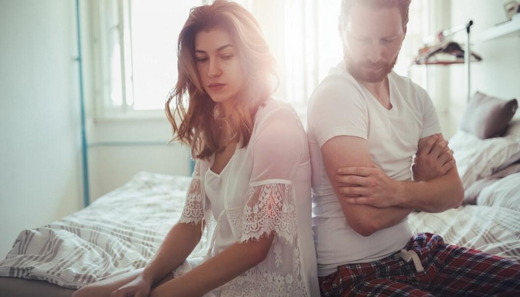 ØDELEGGENDE: Å fortelle om parproblemene på sosiale medier vil ikke hjelpe, men heller kunne forverre problemene. Foto: Scanpix.