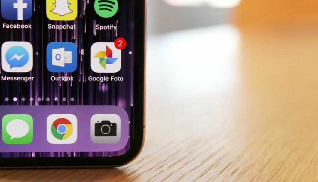 <strong>SLETTER IKKE:</strong> Rydder du opp på telefonen din, beholder Google Foto bildene dine. Foto: Pål Joakim Pollen