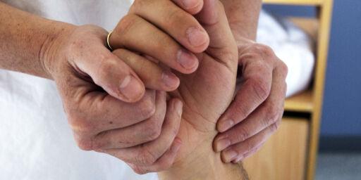 image: Behovet for sykepleiere øker. Regjeringen får kritikk for å holde antall studieplasser på stedet hvil