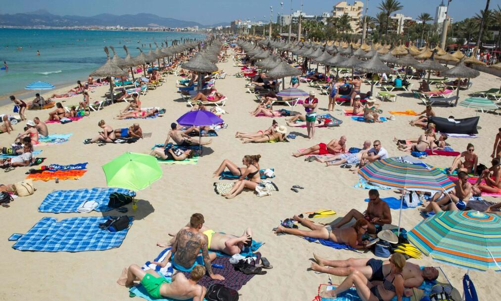 <strong>OVERFLOD:</strong> Turistene strømmer til Palma og Mallorca. Men snart kan det bli store endringer for de tilreisende. Foto: AFP / NTB Scanpix