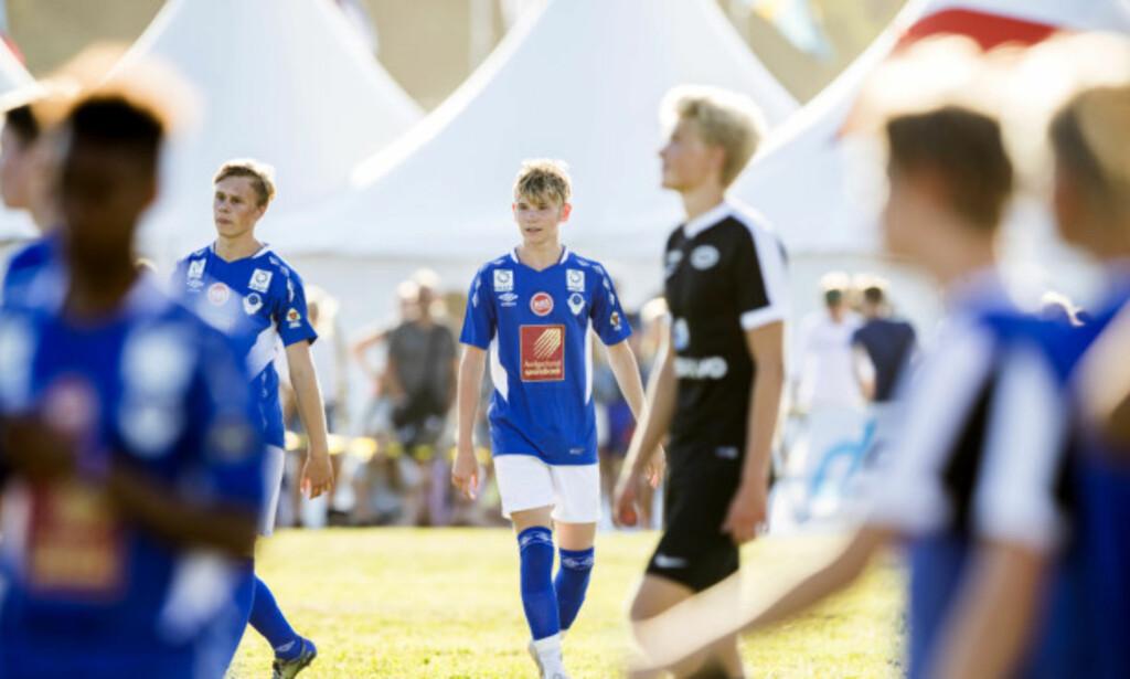 KONSENTRERT: Martinus hadde full konsentrasjon under kampen mot laget Stoppen søndag ettermiddag. Foto: Berit Roald / NTB scanpix