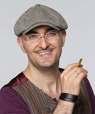Brynspesialist Fred Hamelten har forventet at de tynne brynene skulle gjøre comeback. Foto: Fred Hamelten AS