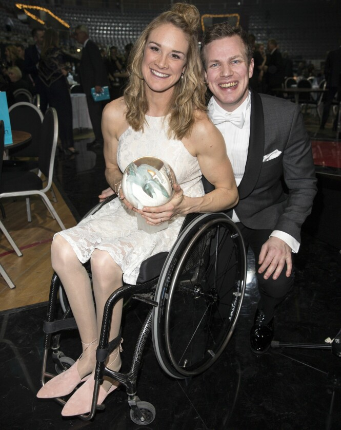 <strong>FORLOVET:</strong> Birgit Skarstein og Martin Sletten er forlovet, men har ikke rukket å bli rette ektefolk ennå. Her fotografert på Idrettsgallaen i januar. Foto: Andreas Fadum