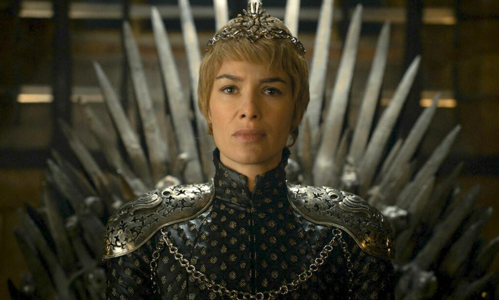 GRAVID: I den forrige episoden forteller Cersei Lannister til sine brødre at hun er gravid. Nå lurer fansen på om hun lyver. FOTO: HBO