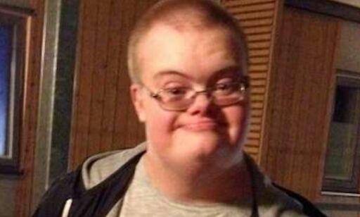 image: Eric Torell (20) bar på en lekepistol. Ble skutt og drept av svensk politi