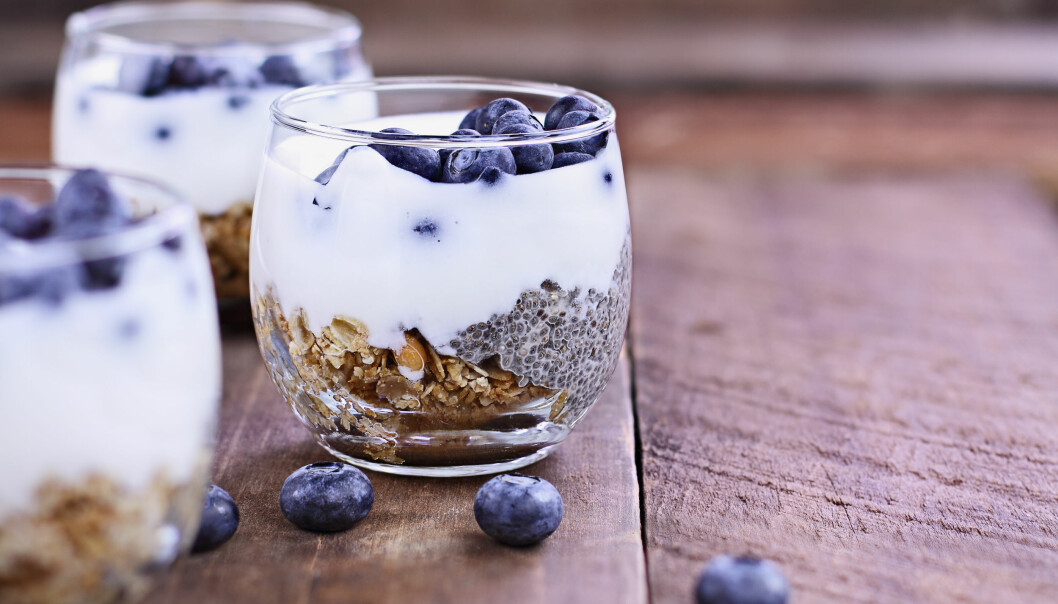 <strong>IKKE FARLIG:</strong> Probiotika er ikke farlig, og for en del har man sett at det kan være helsefremmende. Likevel vet vi ikke nok om effekten av tilskudd av store doser mener ekspertene. Kulturmelk er syrnet med melkesyrebakterier, og kan gjøre magen glad. FOTO: NTB Scanpix