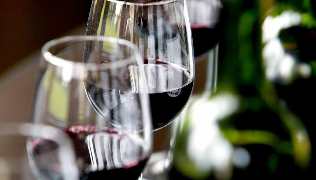 Leger vegrer seg for å spørre om alkoholvaner