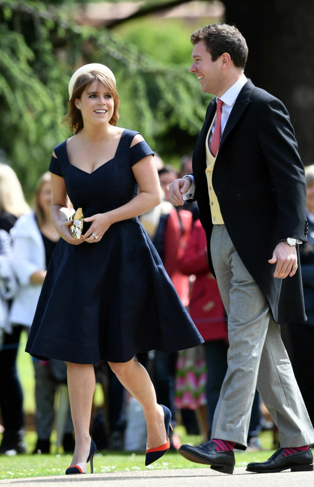 SMIL: Eugenie og Jack i bryllupet til Pippa Middleton - hertuginne Kates søster - og James Matthews i mai 2017. FOTO: NTB Scanpix
