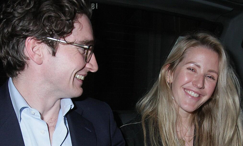 <strong>FORLOVET:</strong> Sangeren Ellie Goulding har forlovet seg med kjæresten Caspar Jopling etter 18 måneder som kjærester. Foto: NTB Scanpix