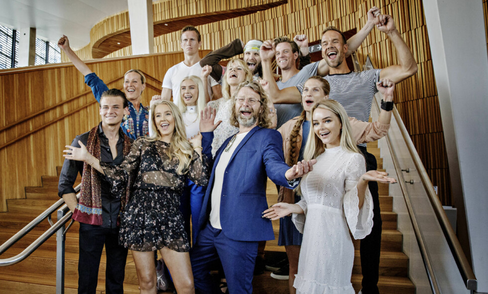 MORSK: Alle deltakerne av årets «Skal vi danse» jublet til kameraene bort sett fra Frank Løke. Det morske uttrykket har i ettertid blitt plukket opp i sosiale medier. Foto: Nina Hansen / Dagbladet.