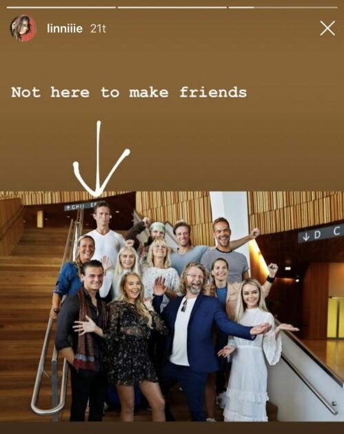 <strong>GJØR NARR:</strong> Det siste døgnet har Frank Løke blitt gjort narr av i sosiale medier etter et uheldig bilde fra «Skal vi danse»-lanseringen. Dette innlegget delte forfatter Linnea Myhre med sine følgere på Instagram. Foto: Skjermdump, Instagram