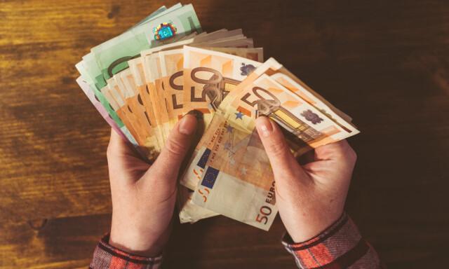 daf21c121 Veksle valuta - Dette gjør du med kontanter du har til overs etter ...