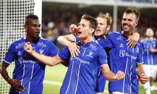 KUNNE JUBLE: Sarpsborg-spillerne feirer åpningsmålet mot det kroatiske laget Rijeka. 'Foto: Terje Pedersen / NTB scanpix