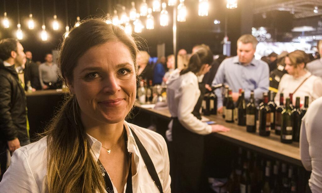 FIKK IDEEN I ITALIA: Monika Tomter i Urban Beverages fikk ideen om å utvikle en Aperol-variant for dem som vil ha spritzdrinken ferdig blandet på flaske. Foto: Solera