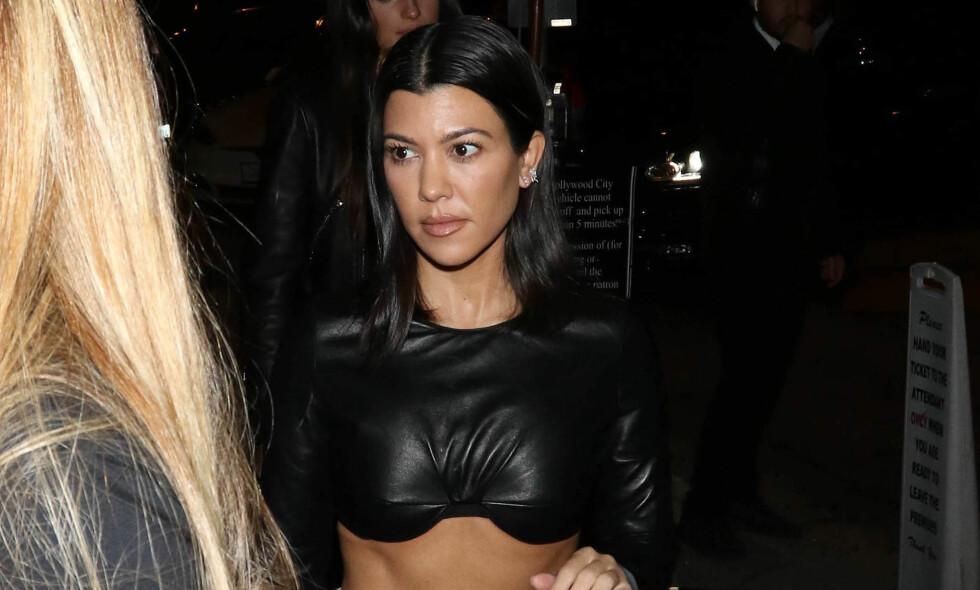 NYSINGEL: Realitystjernen Kourtney Kardashian ble nettopp singel, men ser ut til å ta bruddet med slående ro. Foto: NTB scanpix