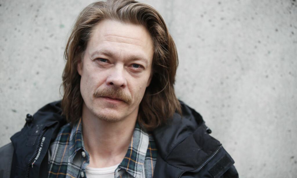 FOLKEKJÆR: Skuespiller Kristoffer Joner (45) tror ikke mennesker er laget for å være alene. Foto: NTB Scanpix