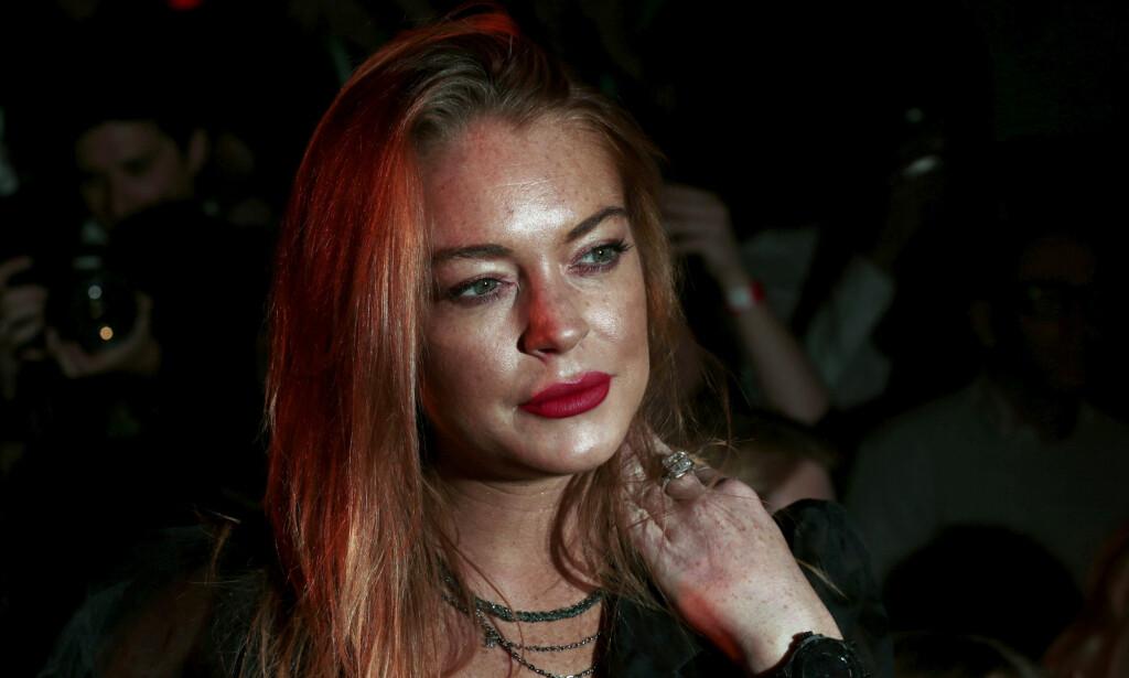 BLE SLÅTT TIL: I helgen sendte den tidligere skuespillerstjernen Lindsay Lohan direkte på Instagram. Sendingen viste angivelig at hun havnet i en konflikt med en ukjent familie. Foto: NTB Scanpix