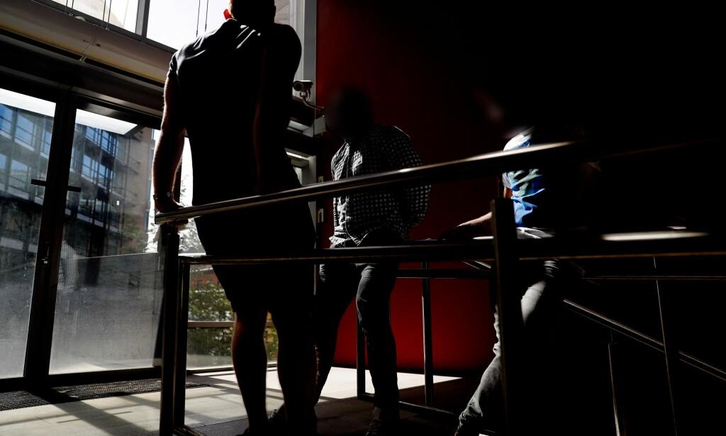 SAKSØKER: «Daniel», «Marius» og «Zafer» er tre av 17 som går til sak mot Aleris for brudd på arbeidsmiljøloven og erstatning for manglende overtidsbetaling, feriepenger og pensjon. Foto: Siv Seglem / Dagbladet.