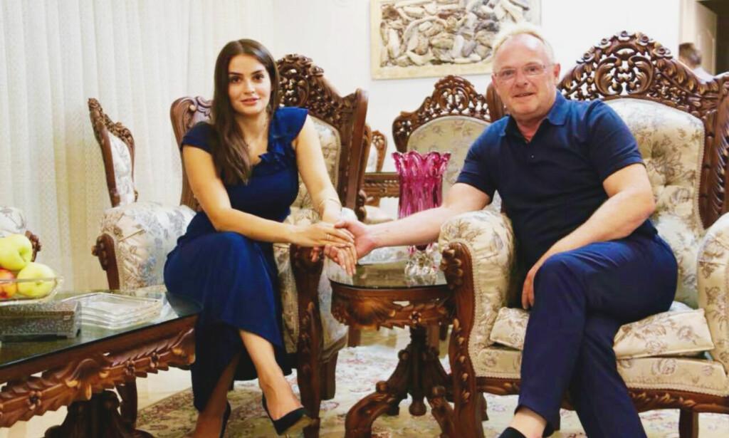 FERDIG: Per Sandberg (58) har fått kritikk for at han tok med seg jobbtelefonen til Iran, og for at han ikke varslet Statsministerens kontor om at han skulle dit. I dag trakk han seg som fiskeriminister. Her er han sammen med kjæresten Bahareh Letnes (28). Foto: Facebook