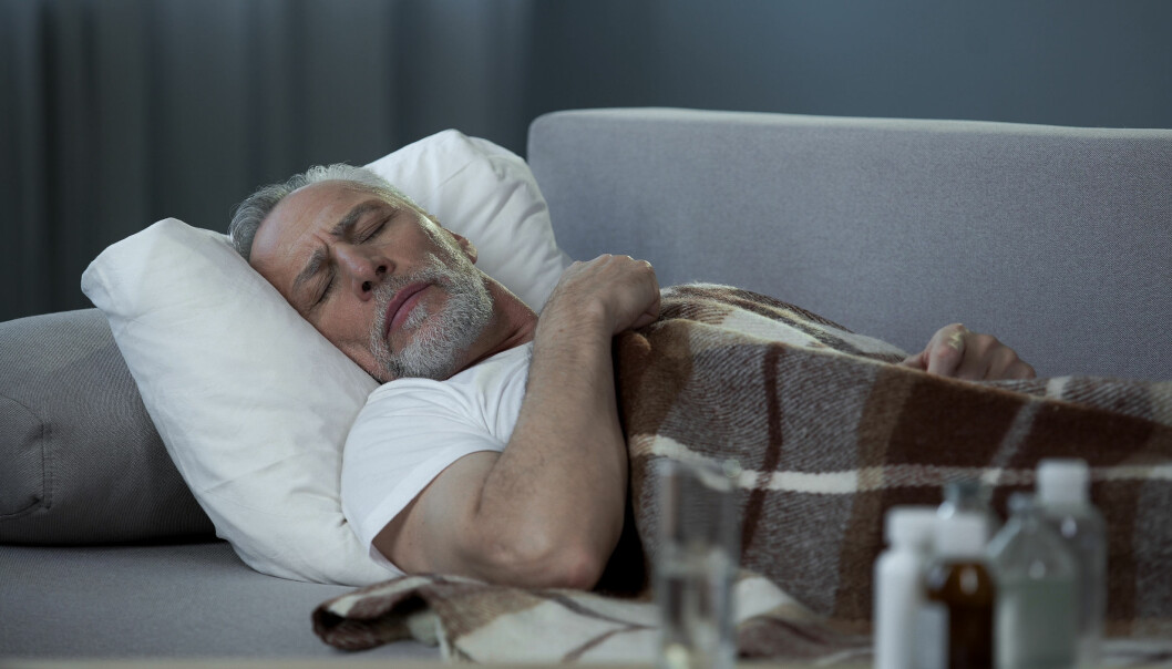 <strong>MIDDAGSLUR:</strong> For mange er middagsluren en vane, og hvilen har flere positive effekter på kroppen. Men ikke sov for lenge, råder forsker. Foto: Scanpix.