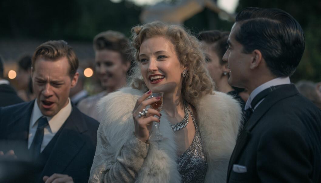 <strong>OMSVERMET:</strong> På høyden av karrieren var Sonja Henie Hollywoods best betalte filmstjerne. Hun var gift tre ganger. Dette bildet er fra filmen. FOTO: Maipo/NFD // Filmweb