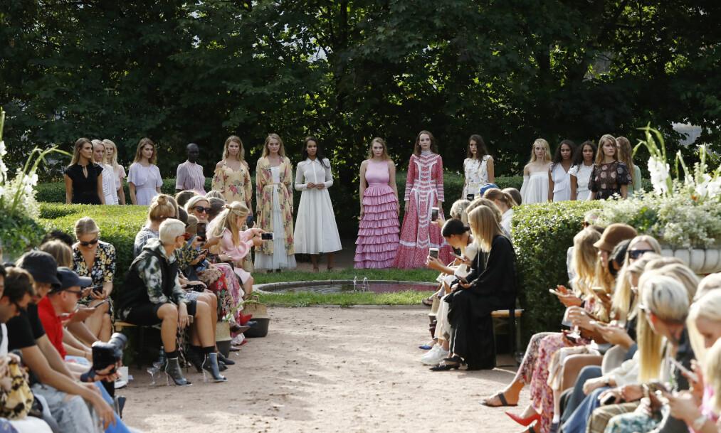 OSLO RUNWAY: ByTiMo viste frem sin kolleksjon i den nydelige hagen til Ladegården i Oslo. Foto: Getty Images