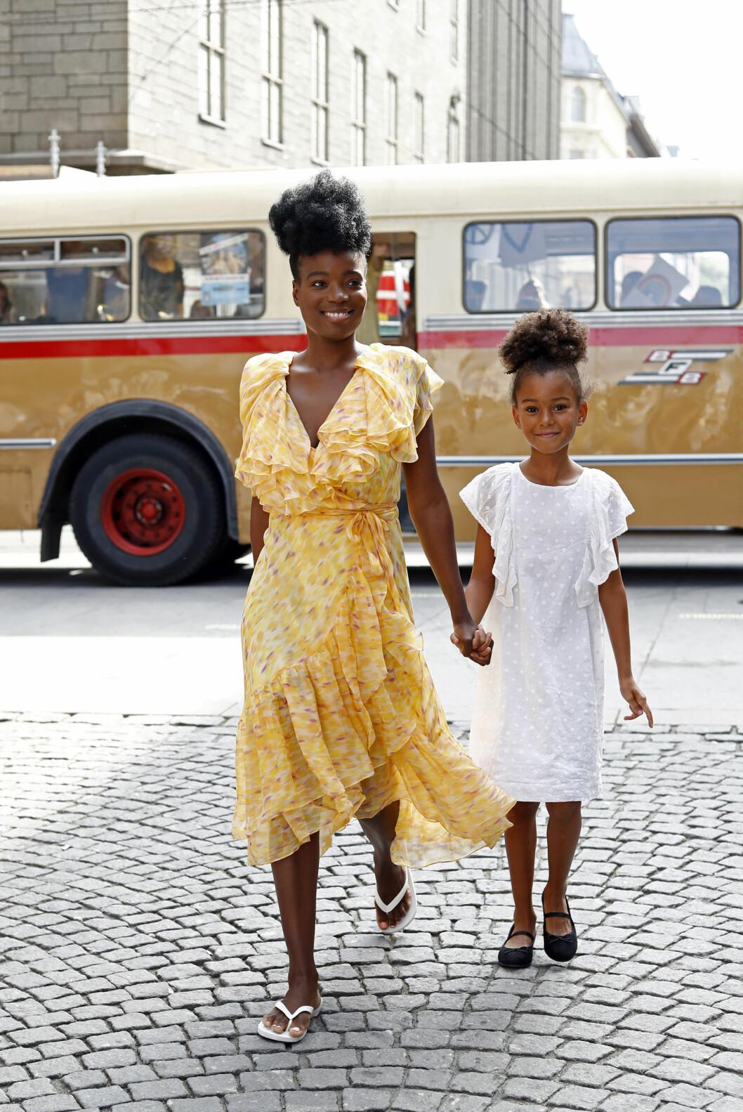 Tinashe Williamson og datteren India Foto: Getty Images